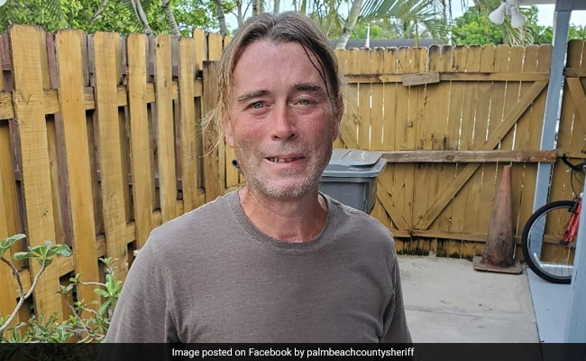 'Get Off Our Lawn': Homeowners Yell At Good Samaritan Trying To Save Man's Life