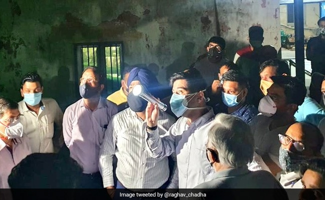 AAP's Raghav Chadha Conducts '4 am' Inspection Of Underground Reservoirs In Delhi