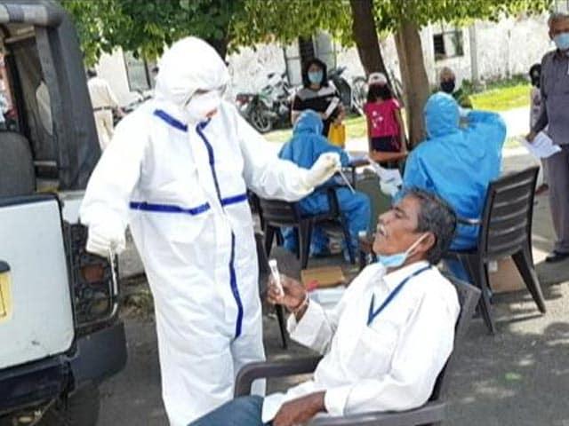 दिल्ली में पिछले 24 घंटे में 44 नए COVID-19 केस, पांच की मौत