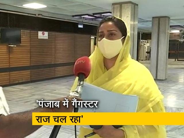 """Video : """"डूबने वाली है कांग्रेस की नैया"""", NDTV से बोलीं हरसिमरत कौर बादल"""