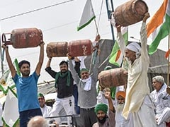 Farmers Protest Against Fuel Price Rise, Demand Rates Be Halved