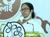 Video : Mamata Banerjee Bandages Phone To Make Pegasus Point