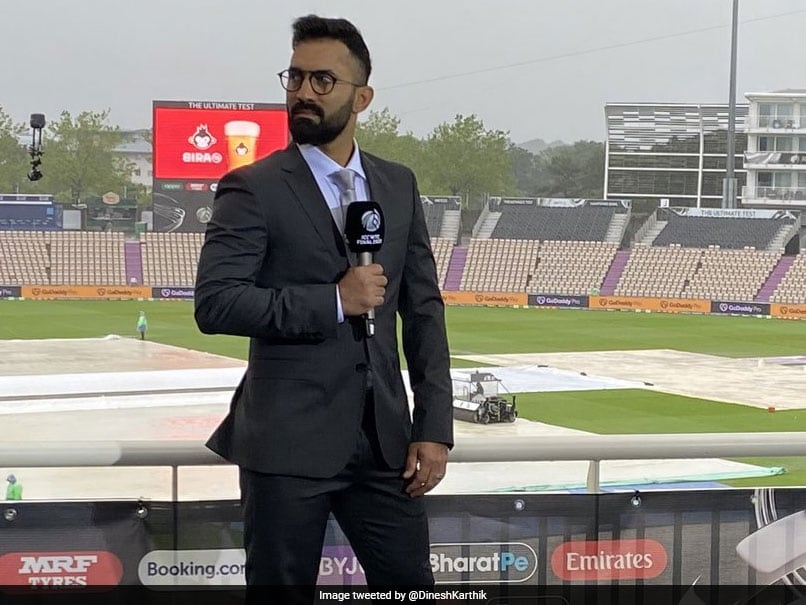 """""""Got It All Wrong"""": Dinesh Karthik Apologises For Sexist Comment During Commentary"""