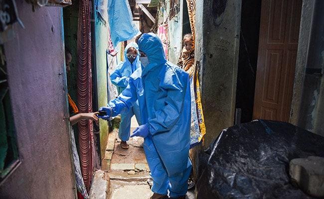 मुंबई की झुग्गियों से निकला 'उड़ांचू' बना कोरोना, अब यहां टीकाकरण सबसे बड़ी चुनौती