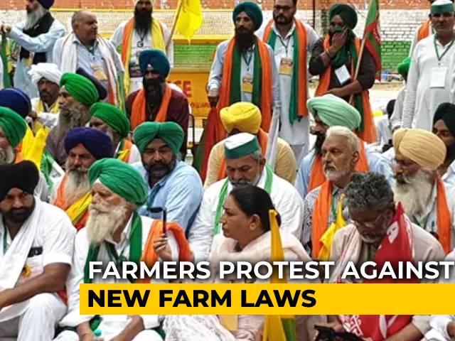 Video : 200 Farmers Start 'Kisan Parliament' At Jantar Mantar In Delhi
