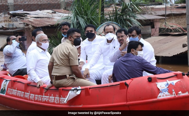 Maharashtra Deputy Chief Minister Visits Flood-Hit Villages On A Rescue Boat