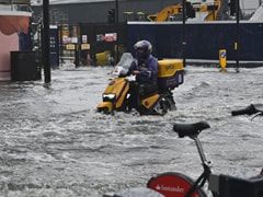 """London """"Dealing With Numerous Floods In The East"""" As Storms Roll In"""
