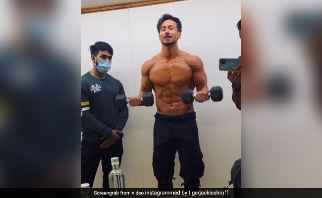 Here's How Hard Tiger Shroff Is Training For Heropanti 2