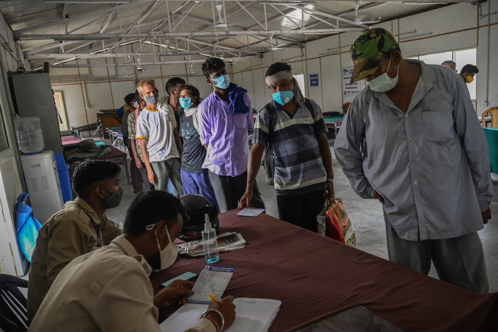 Delhi Sees 94 Covid Infections; Active Cases Drop To 992, Lowest So Far This Year