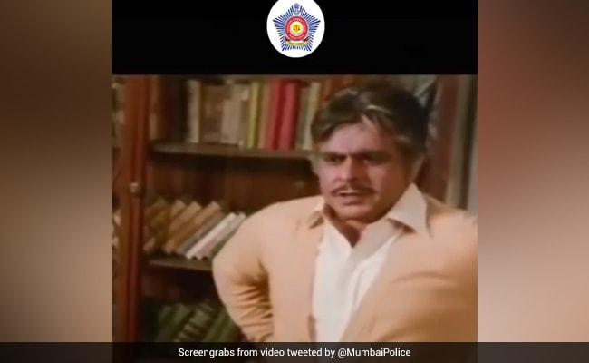 दिलीप कुमार को Mumbai Police ने ऐसे दी श्रद्धाजंलि, शेयर किया फिल्म का एक सीन, कहा- 'अपने कर्म के प्रति सच्चे बने रहेंगे'