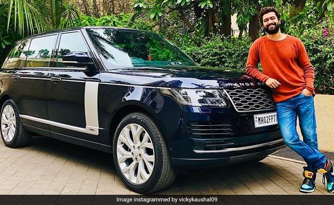 Vicky Kaushal से Ranveer Singh तक, इन सेलेब्स ने खरीदी इतनी कीमती कार, कीमत जान उड़ जाएंगे होश