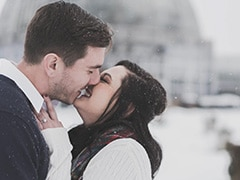 International Kissing Day 2021: Know 7 Crazy Facts About Kissing