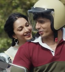Sidharth And Kiara's Adorable 90s Love Story In 'Shershaah' New Song