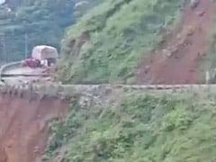 Heavy Landslide Hits Himachal Pradesh's Sirmaur District; NH-707 Temporarily Closed