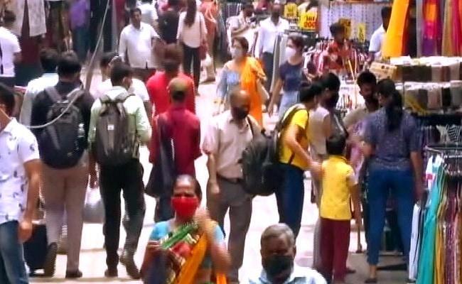 Delhi's Sarojini Nagar Export Market Shut For Violating Covid Norms