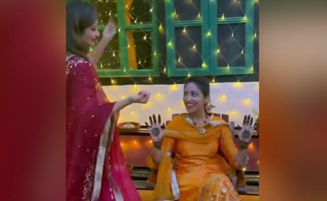 यामी गौतम की शादी में बहन सुरीली ने 'हंसता हुआ नूरानी चेहरा' पर यूं किया था डांस, वायरल हुआ अनदेखा Video
