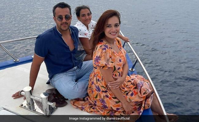 Pregnant Dia Mirza's Throwback To 'Magical' Maldives Vacation With Husband Vaibhav Rekhi And His Daughter Samaira