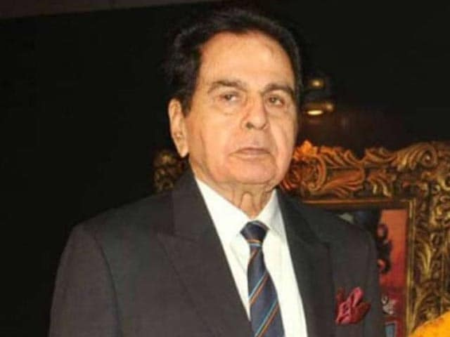 Video : A Final Farewell To Dilip Kumar - Funeral At 5 PM