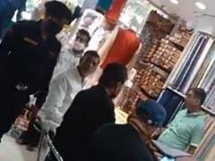 क्या 'शपथग्रहण' की तैयारी में कुर्ता खरीद रहे पशुपति कुमार पारस, पूछा तो बोले - राज़ को राज़ रहने दो