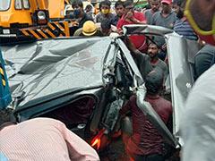 6 Injured After Truck Overturns, Falls On Van In Delhi's Wazirabad Area