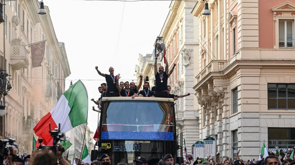 UEFA EURO 2020: Open-Bus parade in Rome in Italy was not allowed according to authorities, reports say |  Football news