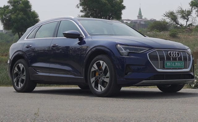 Video : Audi e-tron Review   The New Tech-Heavy Flagship From Ingolstadt