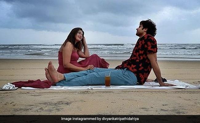 Beach And BAE Vivek Dahiya Are The Key Ingredients Of Divyanka Tripathi's Perfect Date