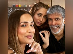 Milind Soman, Malaika Arora And Anusha Dandekar In A Picture-Perfect Selfie From The Sets Of <i>Supermodel Of The Year 2</i>