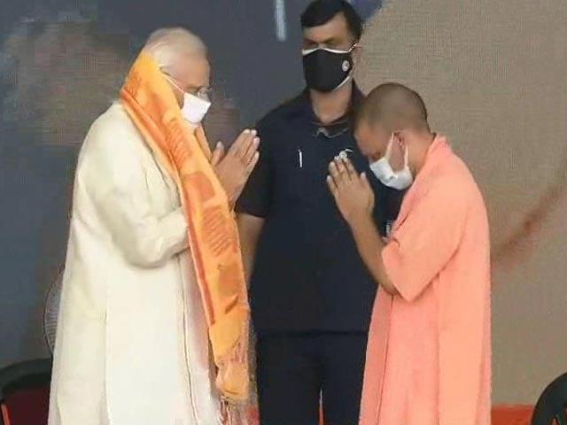 Video : Yogi Adityanath Building A Modern Uttar Pradesh: PM Modi