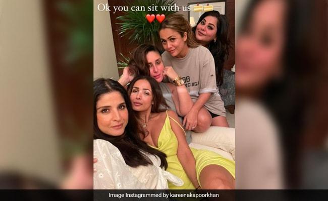 Kareena Kapoor, Malaika-Amrita Arora And Gang Catch Up. See Stunning Pics