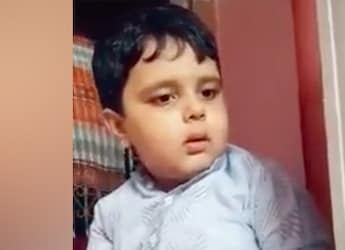 Adorable Boy Gets Miffed On Seeing No Burgers Ordered For Him, Internet Goes 'Aww'