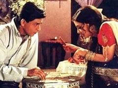"""The <i>Dhoti</i> Kept Falling Off"": The ""Only Issue"" That Shah Rukh Khan Faced During <i>Devdas</i> Shoot"