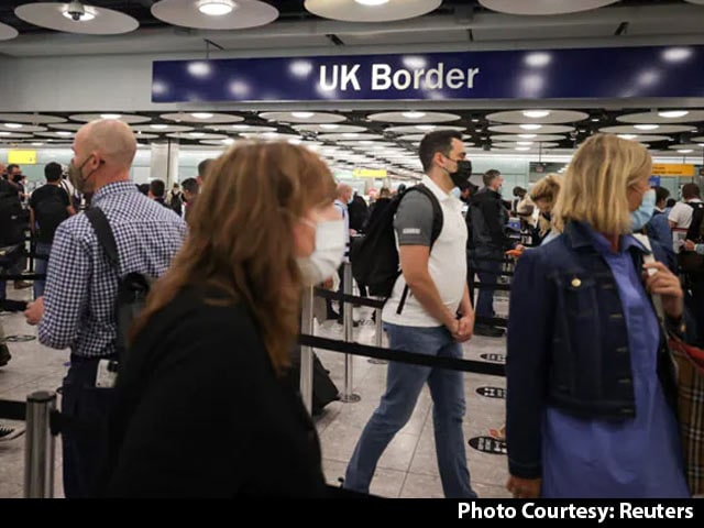 Video : Fully Vaccinated From US, EU Can Avoid Quarantine In England: Government