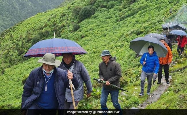 Arunachal Officials Trek 9 Hours To 14,000 Ft To Vaccinate 16 Grazers
