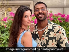 """Natasa Stankovic Looks """"Casually Cute"""" In Her Latest Insta Post. Read Hardik Pandya's Adorable Comment"""