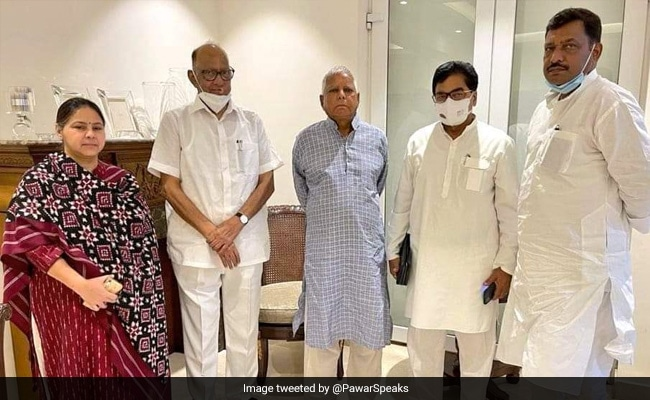 Sharad Pawar Meets Lalu Prasad Yadav, Inquires About His Health