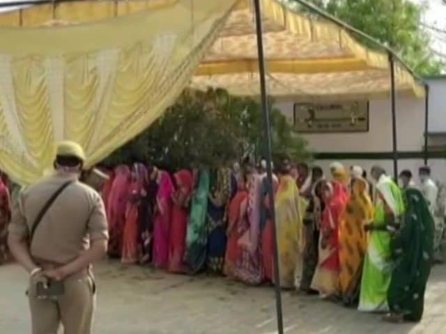 Video : UP Government Acknowledges 2,000-Plus Covid-Linked Deaths Of Its Employees
