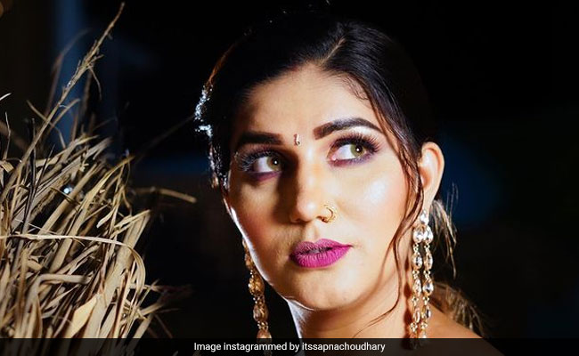 Sapna Chaudhary ने कैटरीना कैफ के 'चिकनी चमेली' सॉन्ग पर शेयर किया वीडियो, इस अंदाज में आईं नजर