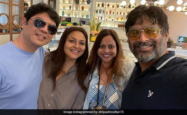 Madhavan And His Wife Sarita Birje Meet Friend Shilpa Shirodkar In Dubai. See Pic