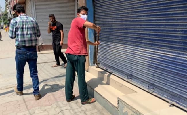 Locks Broken To Keep Stores Open In Srinagar, Allege Shopkeepers