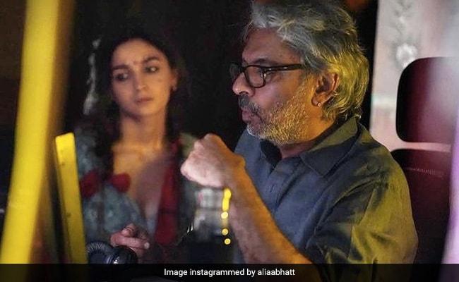 '25 Years Of The Magician And His Magic,' Writes Alia Bhatt For Sanjay Leela Bhansali