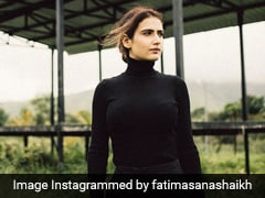 Fatima Sana Shaikh Is Giving Us All The Fall Feels In A Chic Black Turtleneck