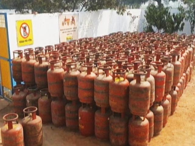 Video : LPG Cylinder Price: Cooking Gas Rates Hiked By Rs 25 Per Cylinder
