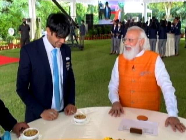 Video : PM Has Ice-Cream With PV Sindhu, As Promised. Neeraj Chopra Had 'Churma'