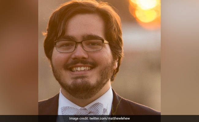 Only 5 Of 45 Students Wore Masks In This Professor's Class. His Tweet Is Viral
