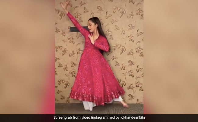 Ankita Lokhande Lightens Up Instagram With Her Flawless Dance Moves. See Here