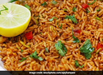 Watch: How To Make South Indian-Style Tomato Rice In Just 10 Minutes