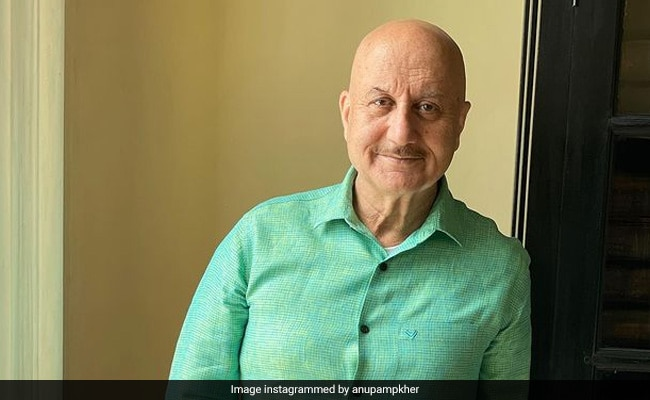 Anupam Kher Still 'Lives In A Rented Apartment' In Mumbai. The Only Property He Owns Is In...