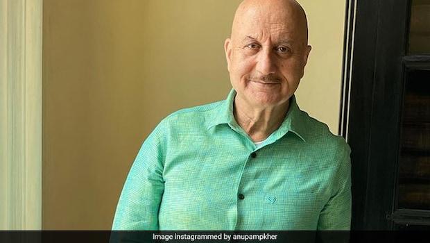 Anupam Kher Desi Spread: Actor Anupam Kher Enjoys This Desi Spread, See Pics