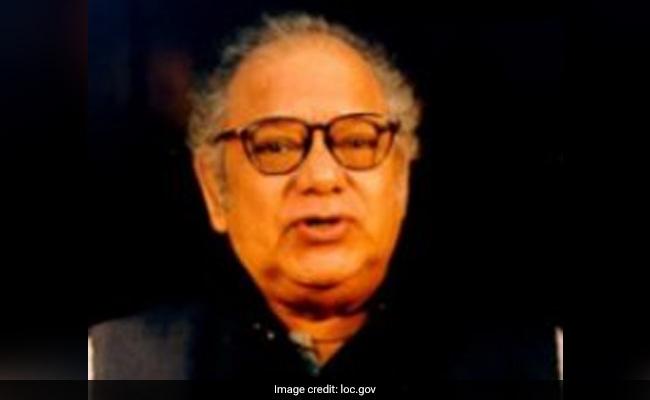 Noted Bengali Writer Buddhadeb Guha Dies At 85
